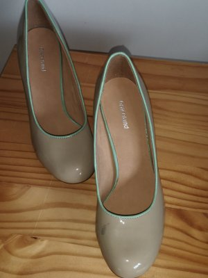 Graceland High-Front Pumps oatmeal-meadow green leather