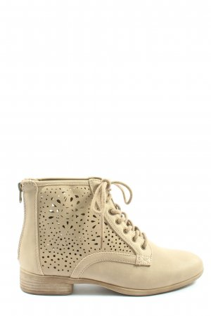 Graceland Lace-up Boots cream casual look