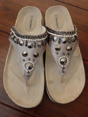 Graceland Toe-Post sandals silver-colored