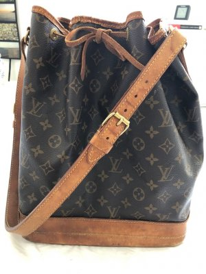 Louis Vuitton Shoulder Bag brown-dark brown leather