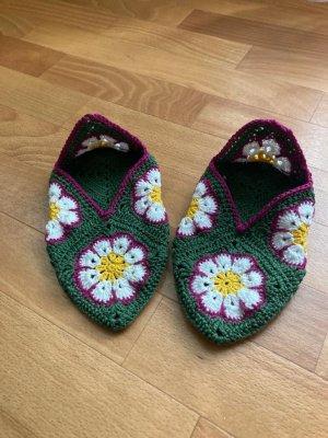 Handmade Slipper Socks green-white