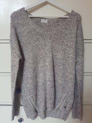 Grau-Beiger Pullover mit V-Ausschnitt