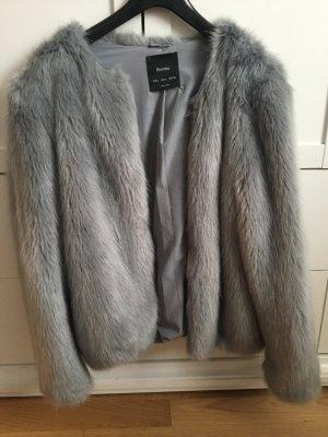Bershka Giacca in pelliccia grigio ardesia-grigio chiaro