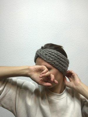 Grau braunes Stirnband