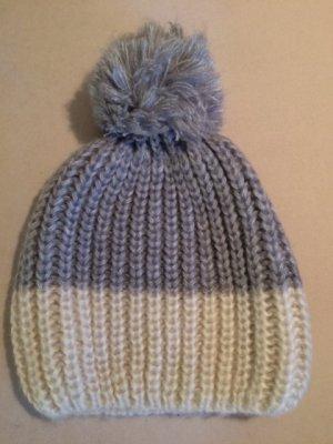 Zara Cappello con pon pon grigio chiaro-bianco sporco Acrilico