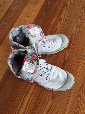 Grau Palladium Schuhe Stiefel mit Blumenmuster