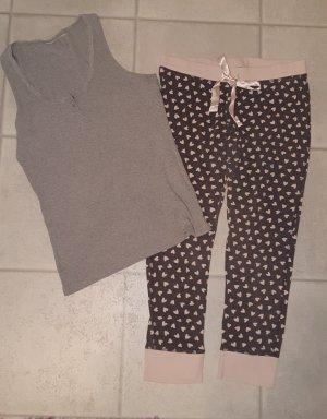 Grau-pinker Pyjama