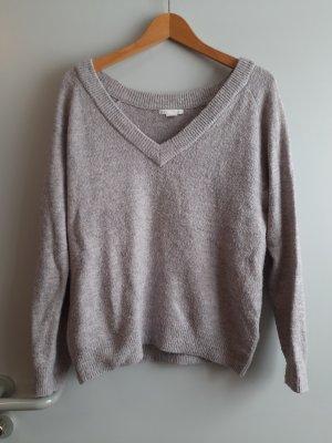 grau rosaner Pullover