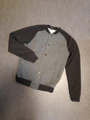 H&M Chaqueta estilo universitario negro-gris oscuro