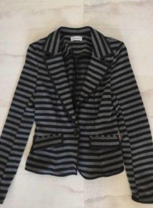 Grau schwarzer Blazer