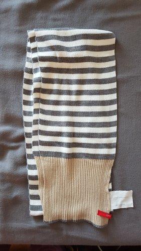 grau-weiß-braun gestreifter Strickschal von Esprit