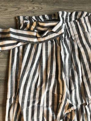 Grau weiß gestreifte Hose von SHEIN