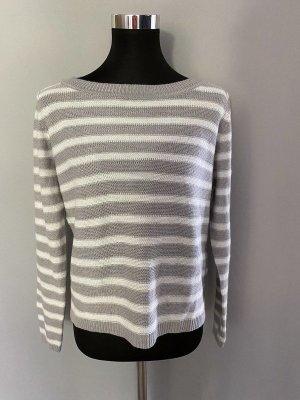 Grau/weiß gestreifter Pullover von Terranova, Gr. M