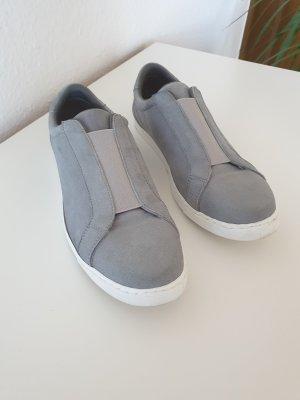 Grau-Weiße Schlüpfsneaker (Kiomi)