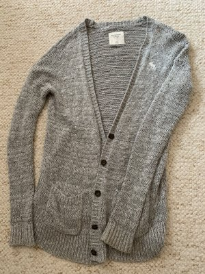 Graue Abercrombie and Fitch Strickjacke