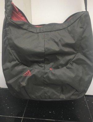 Graue Adidas Tasche