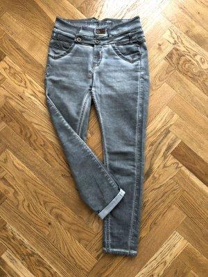 Graue Boyfriend Jeans von Tigerhill
