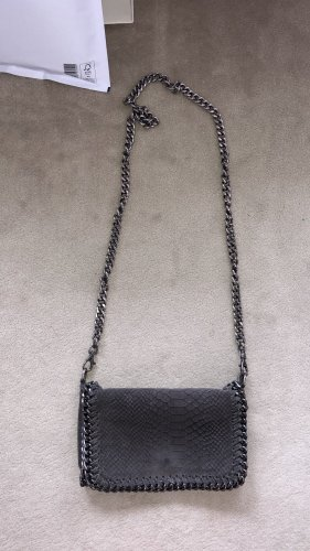graue Crossbody-Bag aus Leder