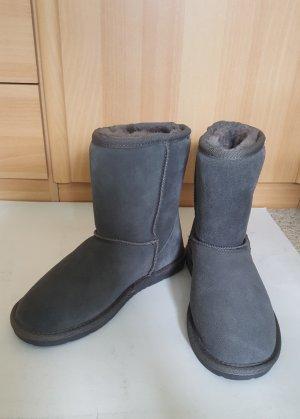Futrzane buty ciemnoszary Skóra