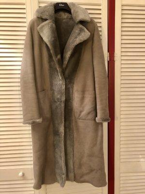 Massimo Dutti Manteau de fourrure gris foncé-taupe cuir