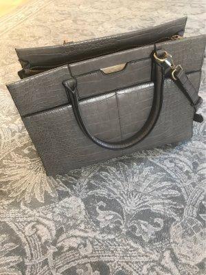 Graue Handtasche mit Animalprint