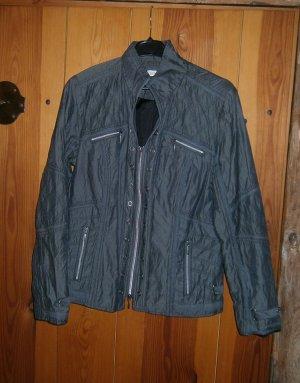 Graue Jacke in der Größe 44