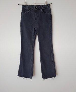 Graue Jeans Gr. 34 / XS Fransen Bershka