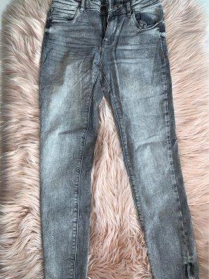 Noisy May Pantalon taille basse gris