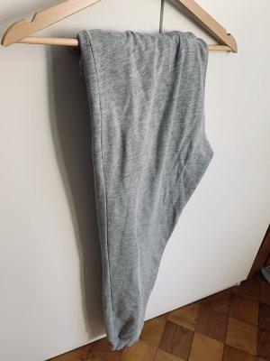 Pull & Bear Pantalón deportivo gris claro