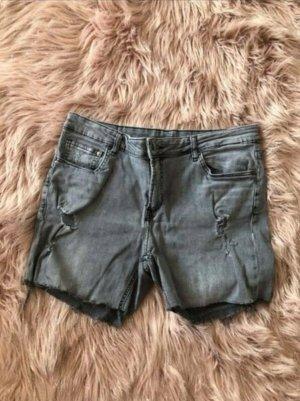 Graue kurze Jeans-Shorts 42