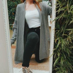 Graue lange Strickjacke/Cardigan mit Taschen