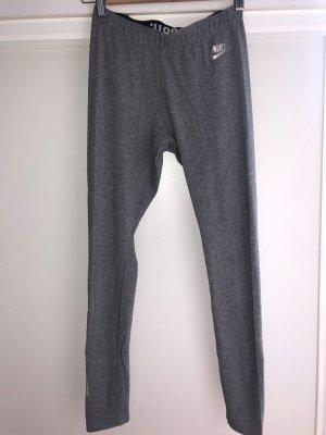 Graue Nike leggings