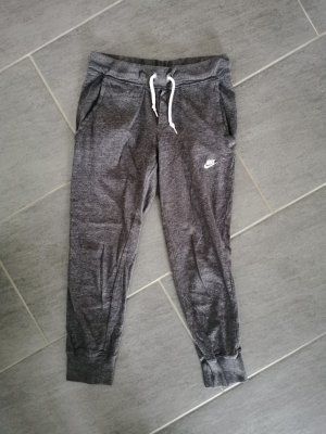 Graue Nike Sporthose