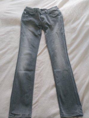 Graue Pepe Jeans