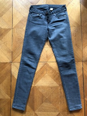 Graue Röhren Jeans