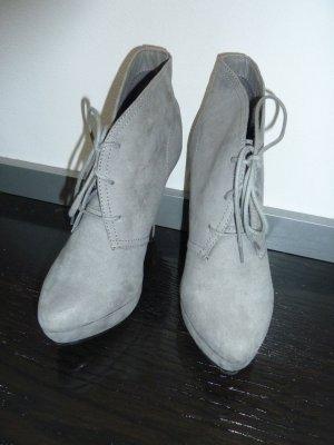 Graue Schuhe v. Bullboxer Damen High-Heels Stiefeletten Gr. 39 Pumps