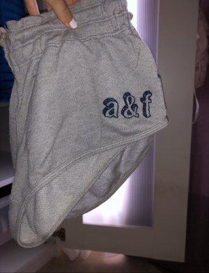 graue Shorts in XS von Abercrombie&Fitch