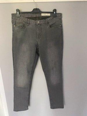 Graue Skinny Fit Jeans von Esmara, Gr. 44 (34/32)