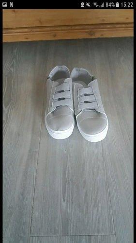 Basket velcro gris clair-gris