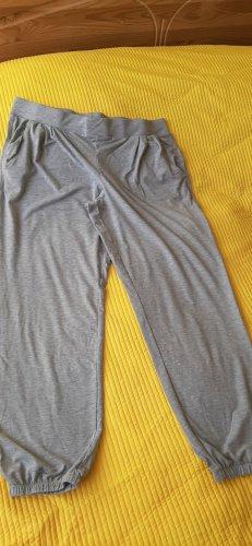 Graue Sporthose