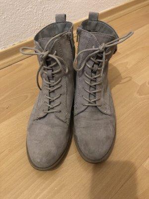 Deichmann Botas bajas gris