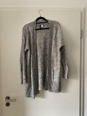 Graue Strickjacke von H&M, Cardigan, Grobstrick, Basic, Winter