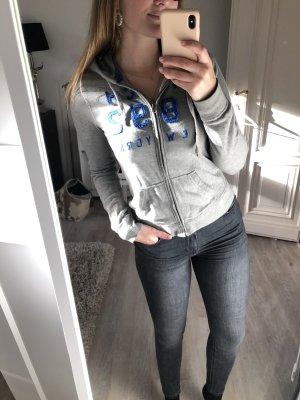 Graue Sweatshirt-Jacke