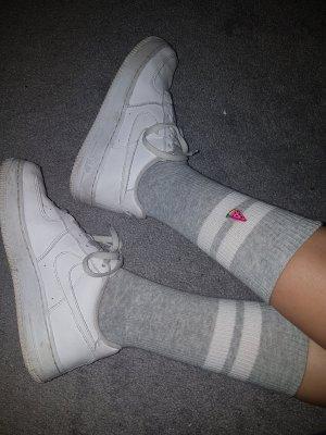 H&M Pantoufles-chaussette gris clair
