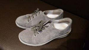 Graue Wildleder Schuhe von Semler