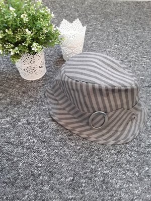 Cloche Hat grey-light grey