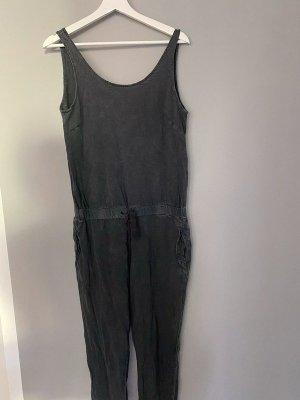 Grauer Jumpsuit von Zara, Gr. M