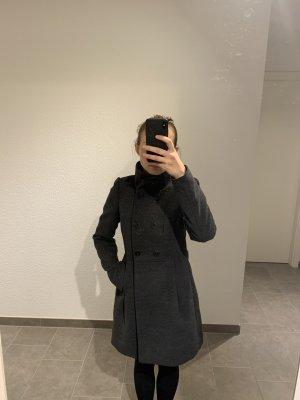 Grauer Mantel von Zara - Größe S