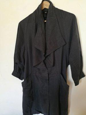 Grauer Mantel zum Binden von h&m