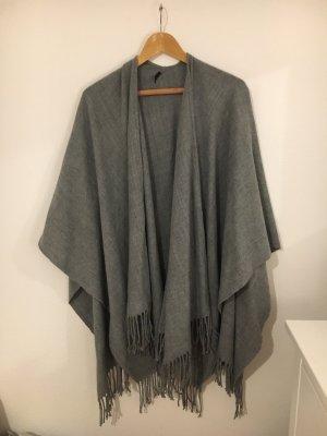 Only Poncho grey
